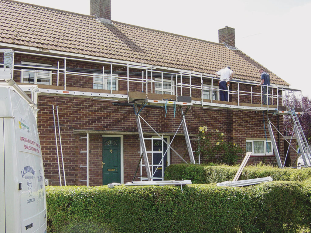 Working Safely at the Roofline Level